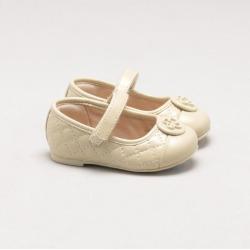 Sapatilha Baby Couro Matelassê Vanilla found on Bargain Bro India from Capodarte for $7546.00