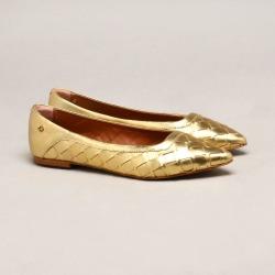 Sapatilha Couro Metalizada Ouro found on Bargain Bro India from Capodarte for $7761.60