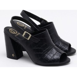 Sandália Couro Croco Preta - 34 found on Bargain Bro India from Dumond for $110.22