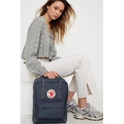 Fjallraven - Sac à dos classique graphite found on MODAPINS from Urban Outfitters (FR) for USD $128.70