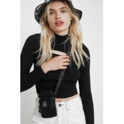 UO Beyond Pouch Crossbody - Black ALL at Urban Outfitters found on Bargain Bro UK from Urban Outfitters (UK)