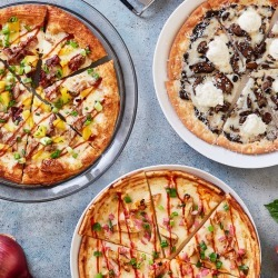 Oath Pizza - Classic Crust Pizza - Choose Your Own 4 Pack + Cookies