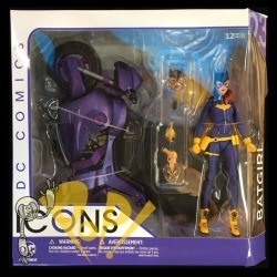 "Dc Icons Batgirl & Motorcyle Burnside 6"" Action Figure Dc Collectibles"
