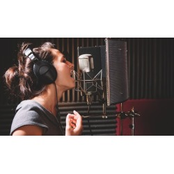 Learn How to SING BETTER in 7 Lessons