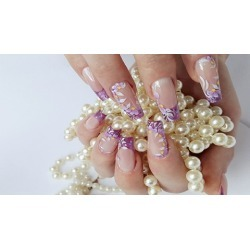 Nail art course with acrylic paints