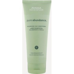 Pure Abundance Volumizing Clay Conditioner 500ml found on Makeup Collection from Liberty.co.uk for GBP 56.76