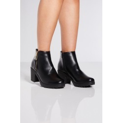 Black Ring Pull Block Heel Ankle Boots found on Bargain Bro UK from Quiz Clothing