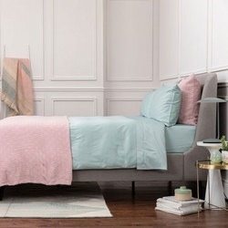 Pink Bedspread found on Bargain Bro India from Arnotts UK/IE for $162.50