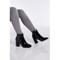 Black Patent Block Heel Ankle Boot found on Bargain Bro UK from Quiz Clothing