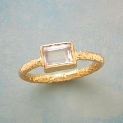 Modern Love Ring found on Bargain Bro India from Sundance for $39.99