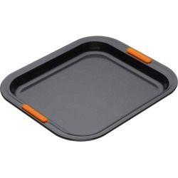 Le Creuset Rectangular Oven Tray found on Bargain Bro from Harrods Asia-Pacific for USD $35.80