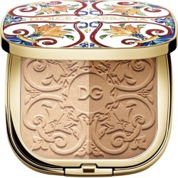 Dolce & Gabbana Solar Glow Illuminating Powder Duo found on Bargain Bro UK from harrods.com