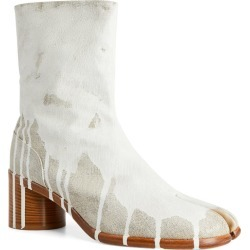 Maison Margiela Painted Tabi Ankle Boots found on GamingScroll.com from Harrods Asia-Pacific for $1239.86