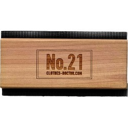 Clothes Doctor Red Cedarwood No.21 Cashmere Comb found on Bargain Bro India from harrods (us) for $17.00