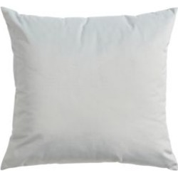 Coussin en velours Padova found on Bargain Bro from La Baie for USD $53.19