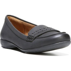 Naturalizer Womens Generous Loafers found on Bargain Bro India from BeallsFlorida for $59.99