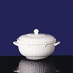 Wedgwood Nantucket Basket Covered Vegetable Bowl found on Bargain Bro Philippines from Bloomingdales Canada for $195.27