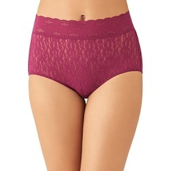 Wacoal Halo Lace Briefs found on Bargain Bro India from bloomingdales.com for $15.00