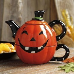 Jack-o'-Lantern Tea For One found on Bargain Bro India from colorfulimages.com for $12.99