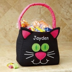 Funny Cat Personalized Treat Bag found on Bargain Bro India from colorfulimages.com for $11.99