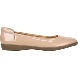Naturalizer Women's Flexy Flat Shoes in Tan, Size 6 Medium found on Bargain Bro India from ts.townshoes.ca for $57.19