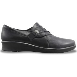 Clarks Women's Hope Roxanne Slip-On - Wide Width Shoes in Black, Size 7.5 found on Bargain Bro India from ts.townshoes.ca for $76.97