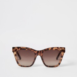 River Island Womens Brown leopard print chain arm sunglasses found on Bargain Bro UK from River Island - UK