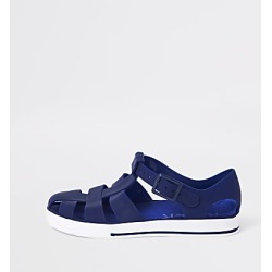 River Island Boys navy jelly sandals found on Bargain Bro India from RIver Island US for $10.99