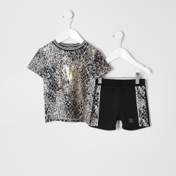 River Island Mini boys Brown snake print T-shirt outfit found on Bargain Bro UK from River Island - UK