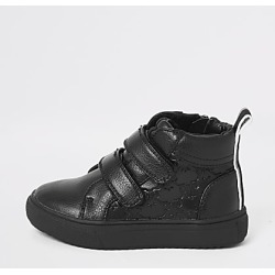 River Island Mini boys RI monogram velcro trainers found on Bargain Bro India from RIver Island US for $40.00