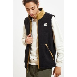 The North Face Campshire Vest - Black S at Urban Outfitters