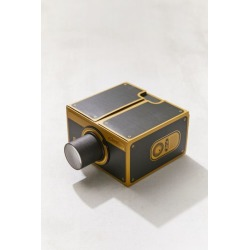 Smartphone Projector 2.0 found on Bargain Bro India from Urban Outfitters (US) for $37.95
