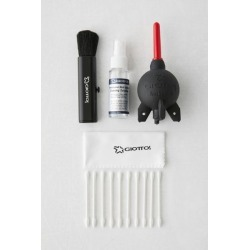 Giottos Camera Lens Cleaning Kit - Black at Urban Outfitters
