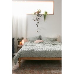 Puckered Cotton Duvet Cover found on Bargain Bro India from Urban Outfitters (US) for $109.00