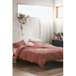 Puckered Cotton Duvet Cover found on Bargain Bro India from Urban Outfitters (US) for $149.00