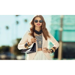 $12 for $20 Worth of Jewelry and Accessories at I AM