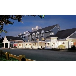Stay with $15 Breakfast Credit at Two Trees Inn at Foxwoods Resort Casino in Mashantucket, CT. Dates into October.