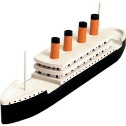 "Darice 9178-91 3-8/9""W x 10.5""H Wooden Titanic Model Kit"