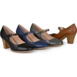 Journee Collection Womens Classic Mary Jane Pumps
