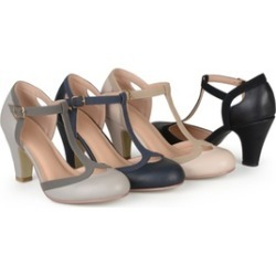 Journee Collection Womens T-strap Mary Jane Pumps