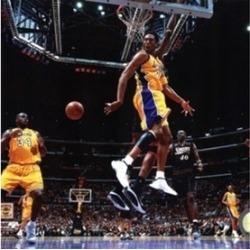 Kobe Bryant & Shaquille O'Neal 2001 NBA Finals Action Sports Photo (10 x 8)