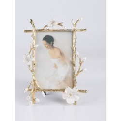 Flower Decor Metal Photo Frame found on Bargain Bro India from Sheinside for $13.00