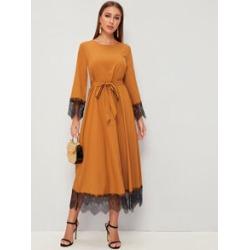 Keyhole Back Lace Hem Belted Hijab Dress