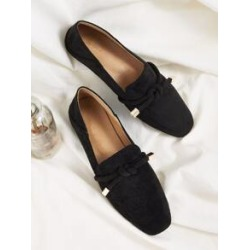 Knotted Decor Flat Loafers found on Bargain Bro India from Sheinside for $20.00