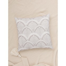 Geometric Embroidery Cushion Cover Without Filler found on Bargain Bro Philippines from SHEIN for $7.32