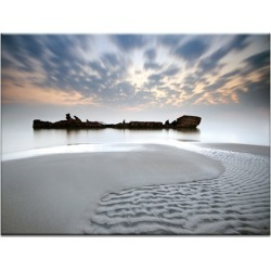 The Wreck Photographic Art Print Frame/Size: Unframed Canvas / 76 x 102cm