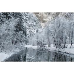 Poster: Gallery's USA, California, Yosemite National Park. Winter Land