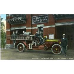 Art Print: Lantern Press' Rochester, Minnesota - Central Fire Station