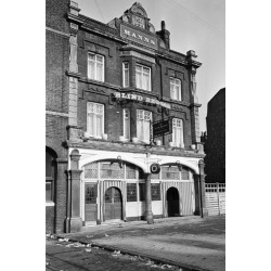 Photographic Print: The 'Blind Beggar' Public House on Whitechapel Road in Mile End 1969 by Jones: 24x16in