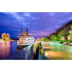 Photographic Print: Savannah, Georgia, USA Riverfront. by SeanPavonePhoto: 24x16in